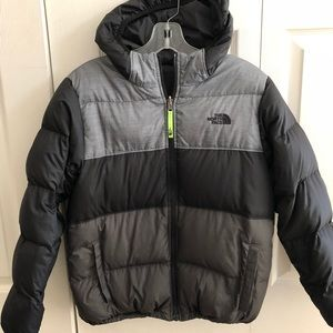 Boys The North Face Reversible Jacket Size Large